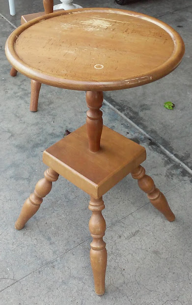 """Uhuru Furniture & Collectibles Sold """"authentic"""" Colonial"""