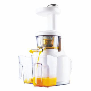Now India will juice it up with world's most innovative and healthy juicer introduced by Chef Sanjeev Kapoor!