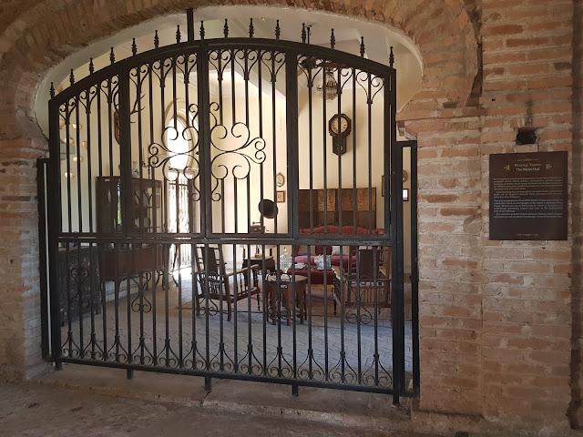 dalam kellie castle interior