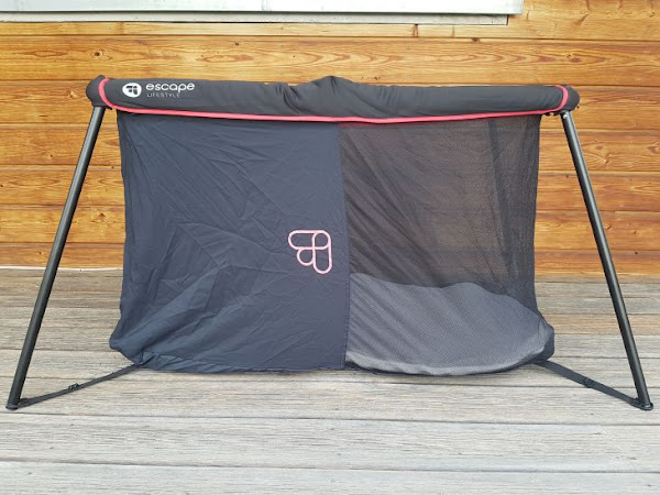 On a testé le lit parapluie nomade Naos d'Escape Lifestyle
