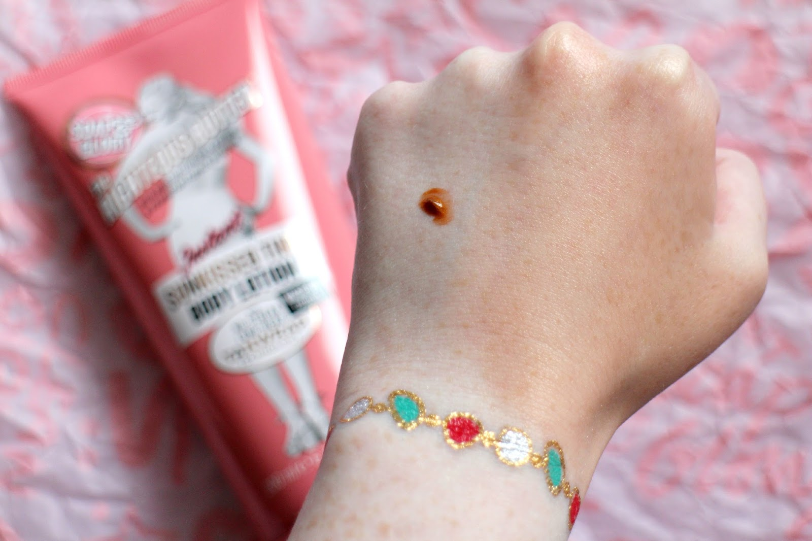 Soap & Glory Swatch
