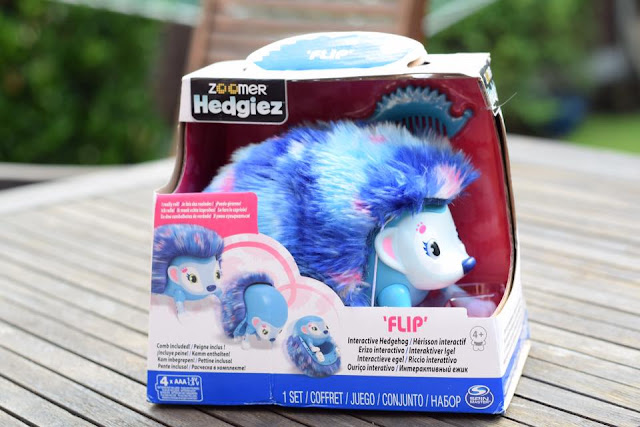 Zoomer Hedgiez Flip in packaging - Blue