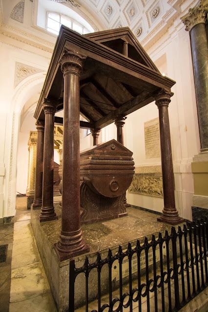 Tombe reali Cattedrale Maria SS. Assunta-Palermo