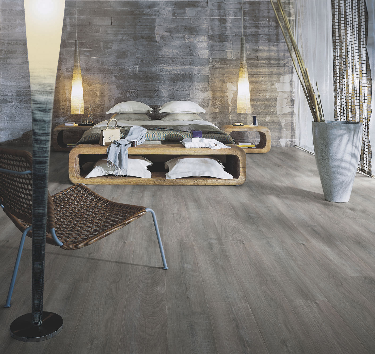 Modern Laminate Floor Design With Contemporary Interiors