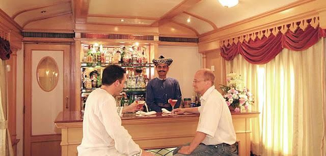 Loung Bar ,Deccan Odyssey