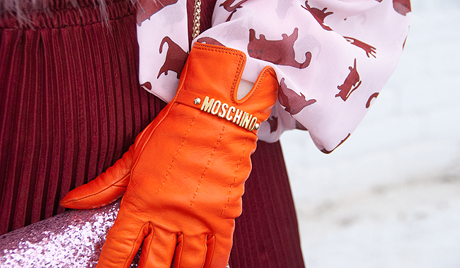 moschino gloves, organge gloves, leather gloves