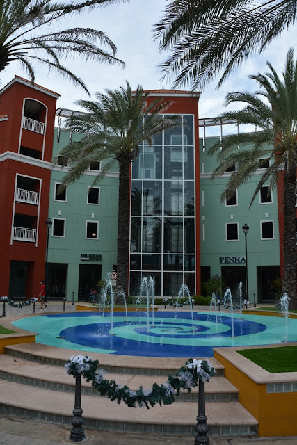 Willemstad Curacao shopping