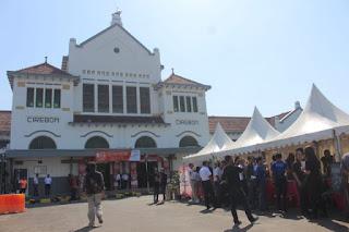 Stasiun Cirebon Gelar Fertival Kopi Gratis Dan Hiburan Budaya Lokal Untuk Penumpang
