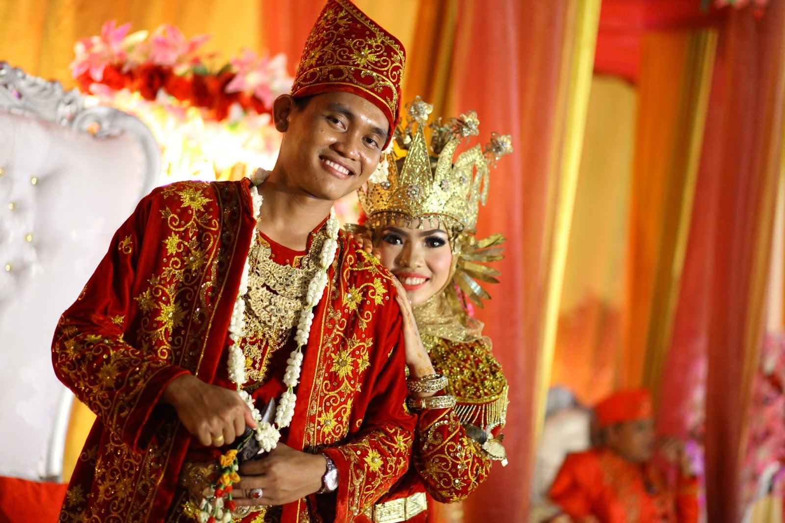 Traditional Clothes of Jambi  Tour in Jambi