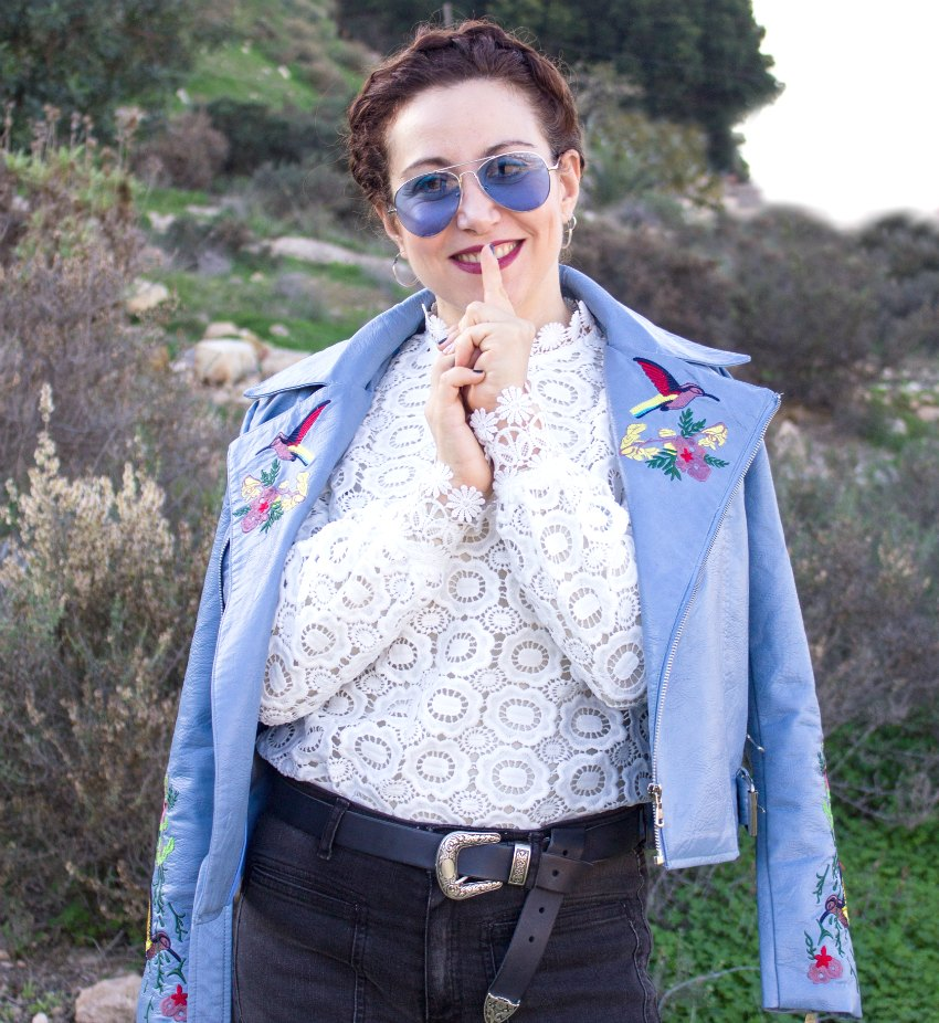 melange_boutique_blog_dresslily_selfportrait_lace_blouse_blue_embroidered_biker_jacket_zaful_braids_hairstyle_aviator_sunglases_zerouve