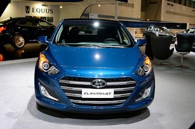 2016 Hyundai Elantra GT front griil image