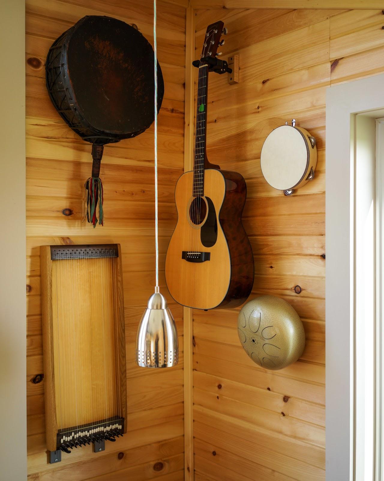 Full Moon Tiny Shelters: TINY HOUSE TOWN: The Harmony House From Full Moon Tiny