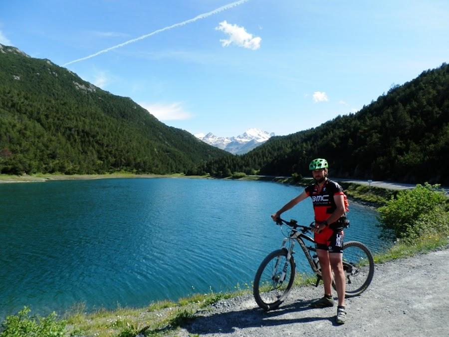 Lago-di-san-giacomo-italia-transalpes-en-btt-alpes