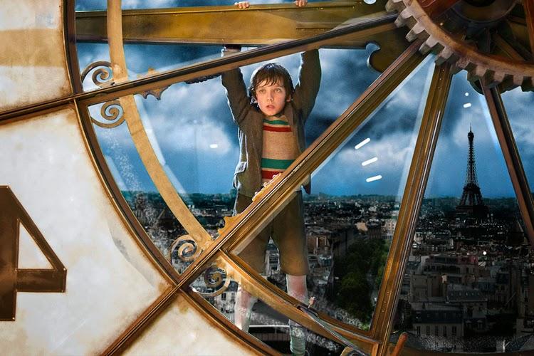 duży zegar, Paryż, lata trzydzieste, wnętrza filmowe, zegar dworcowy