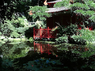 Compton Acres Japanese Garden Reflective Pond Green Fingered Blog