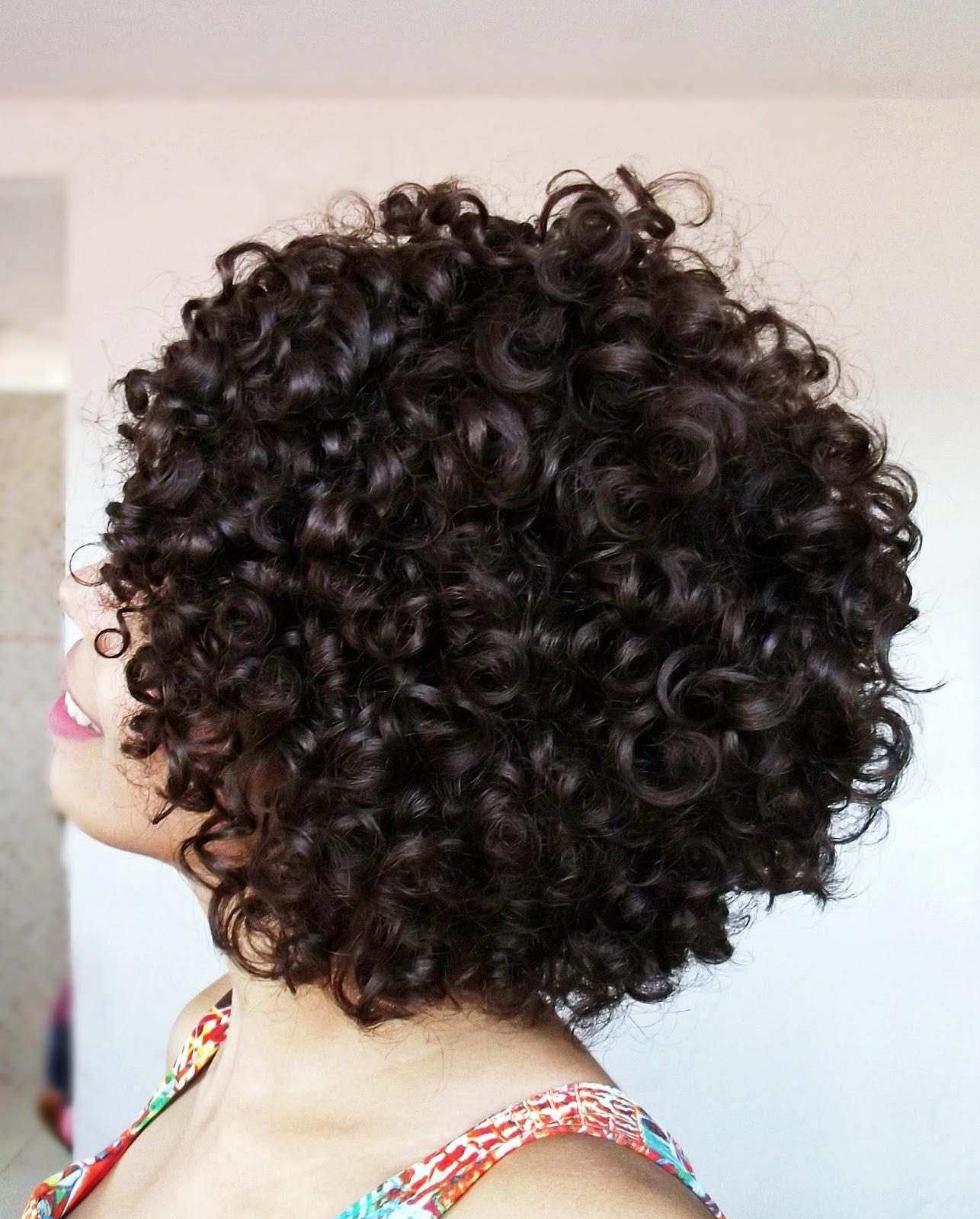 04 DICAS PARA TER MAIS DEFINIÇÃO   CABELOS CACHEADOS E CRESPOS, kahchear, kahena, como definir os cachos, como deixar o cabelo mais definido, cachos definidos, cabelo cacheado e crespo,