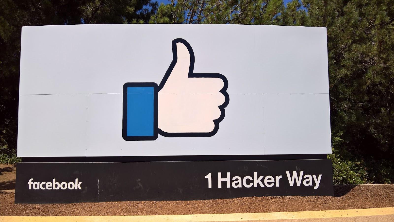 silicon valley piilaakso facebook konttori kyltti mallaspulla matkailu