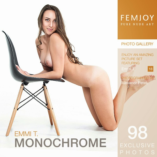 Icemjob 2015-01-27 Emmi T - Monochrome 02120