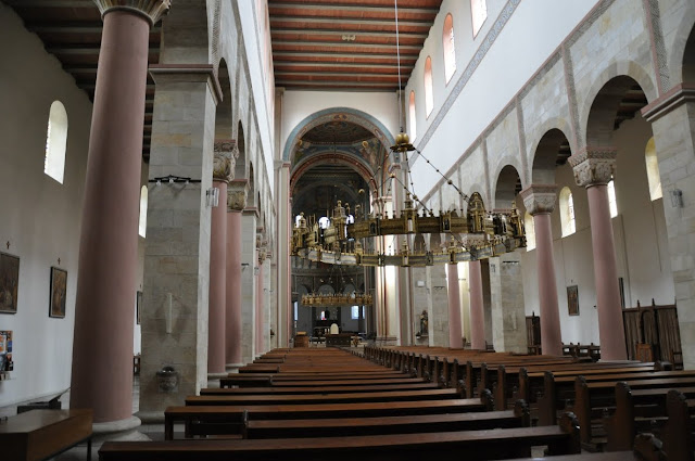 Romański kościół Św. Godeharda w Hildesheim - nawa