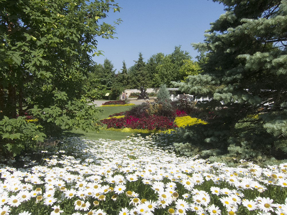 Les Flâneurs: Meijer Gardens and Sculpture Park: Wege Trail and the ...