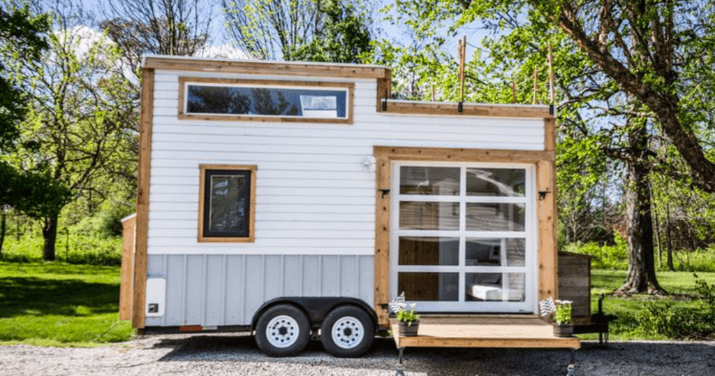 Zionsville Tiny House 200 Sq Ft Tiny House Town