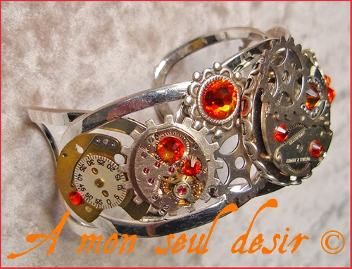 Bracelet Steampunk engrenages rouages mécanismes mouvement de montre mécanique silver clockwork watch parts wheelwork Swarovski rhinestones Jewellery