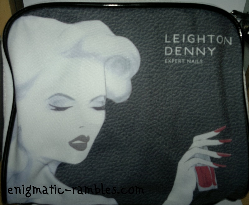 Leighton-Denny-Loves-Style-QVC-TSV-auto-delivery-AD-May-2014-cosmetics-bag