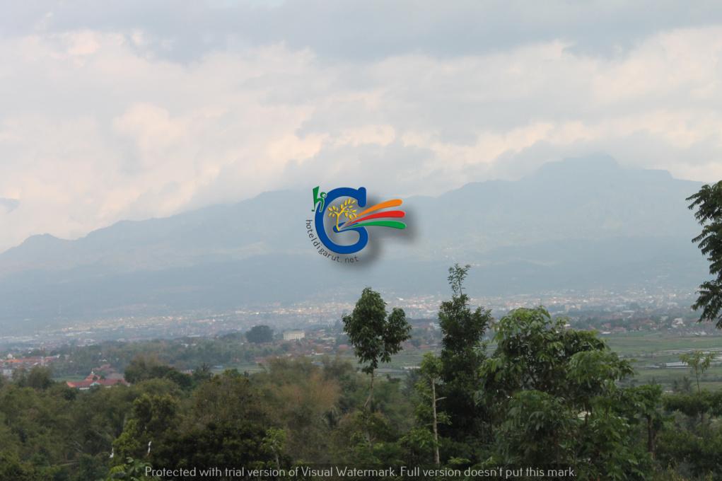 Objek Wisata Rancabango Garut Jawa Barat