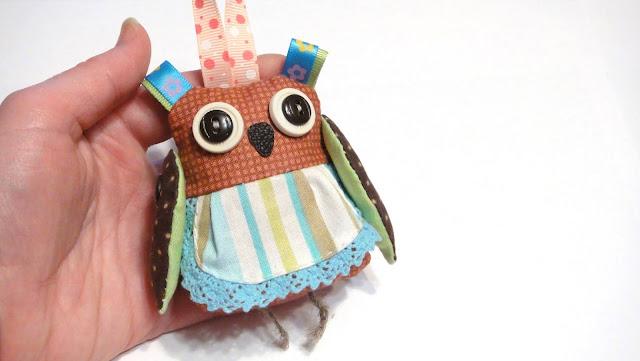 Сова - мягкая игрушка на петельке. Ручная работа, подарок ребенку 3-5 лет