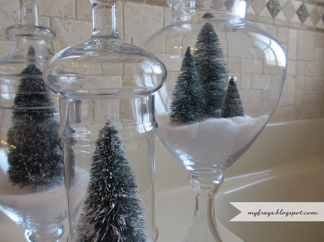Chad and Elana Frey: Apothecary Jar Winter Snow Scenes