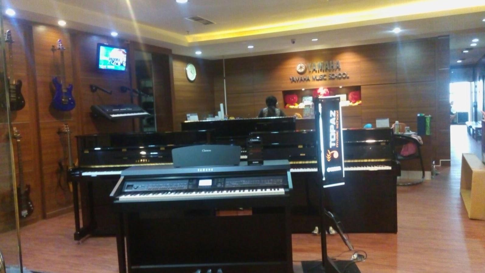 jual baru yamaha digital piano segel garansi 1 tahun dijual cvp 701b yamaha digital piano. Black Bedroom Furniture Sets. Home Design Ideas