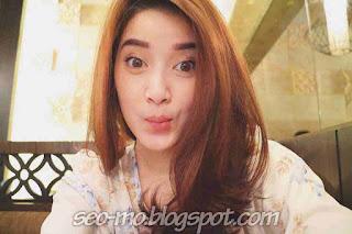 Foto Selfie Rosiana Dewi Terbaru saat ini