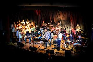 Η ορχήστρα του Γιάννη Γαβρά