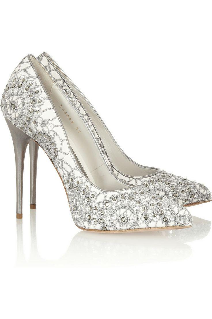 24f429f8a0 Los zapatos de boda que expongo hoy son para mujeres que aguantan bien los  tacones