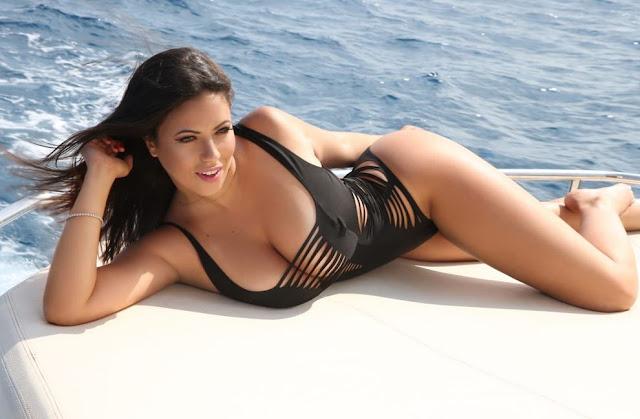 Tem Na Web - Brasileira, Apresentadora da TV italiana é recorde de vendas da Playboy Portugal