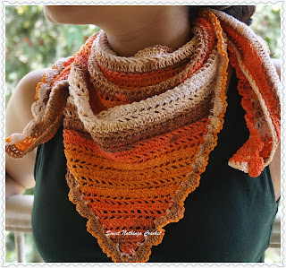 free crochet triangular scarf pattern