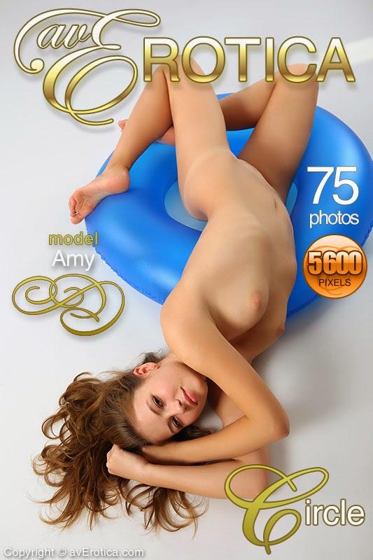 NhjErotick5-29 Amy - Circle 07110