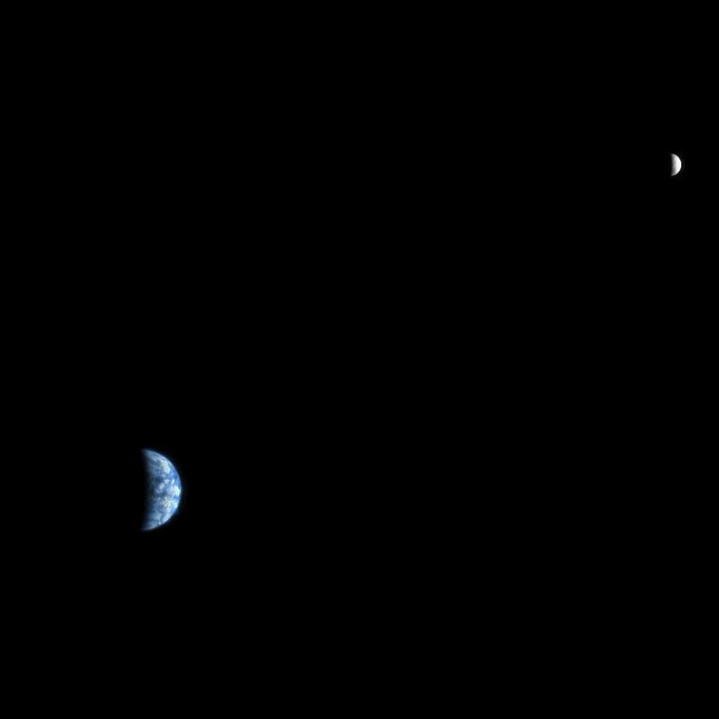 Trái Đất và Mặt Trăng khi nhìn từ Sao Hỏa. Hình ảnh: NASA/JPL-Caltech/UA.