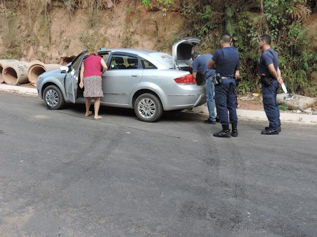 Táxi roubado em Jarinu é localizado por Guardas Municipais de Jundiaí no bairro Ivoturucaia