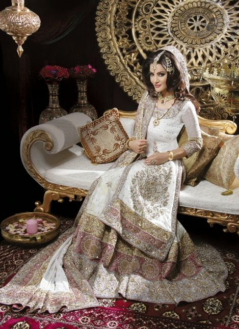 Indian style wedding dresses uk wedding ideas for Wedding dresses indian style