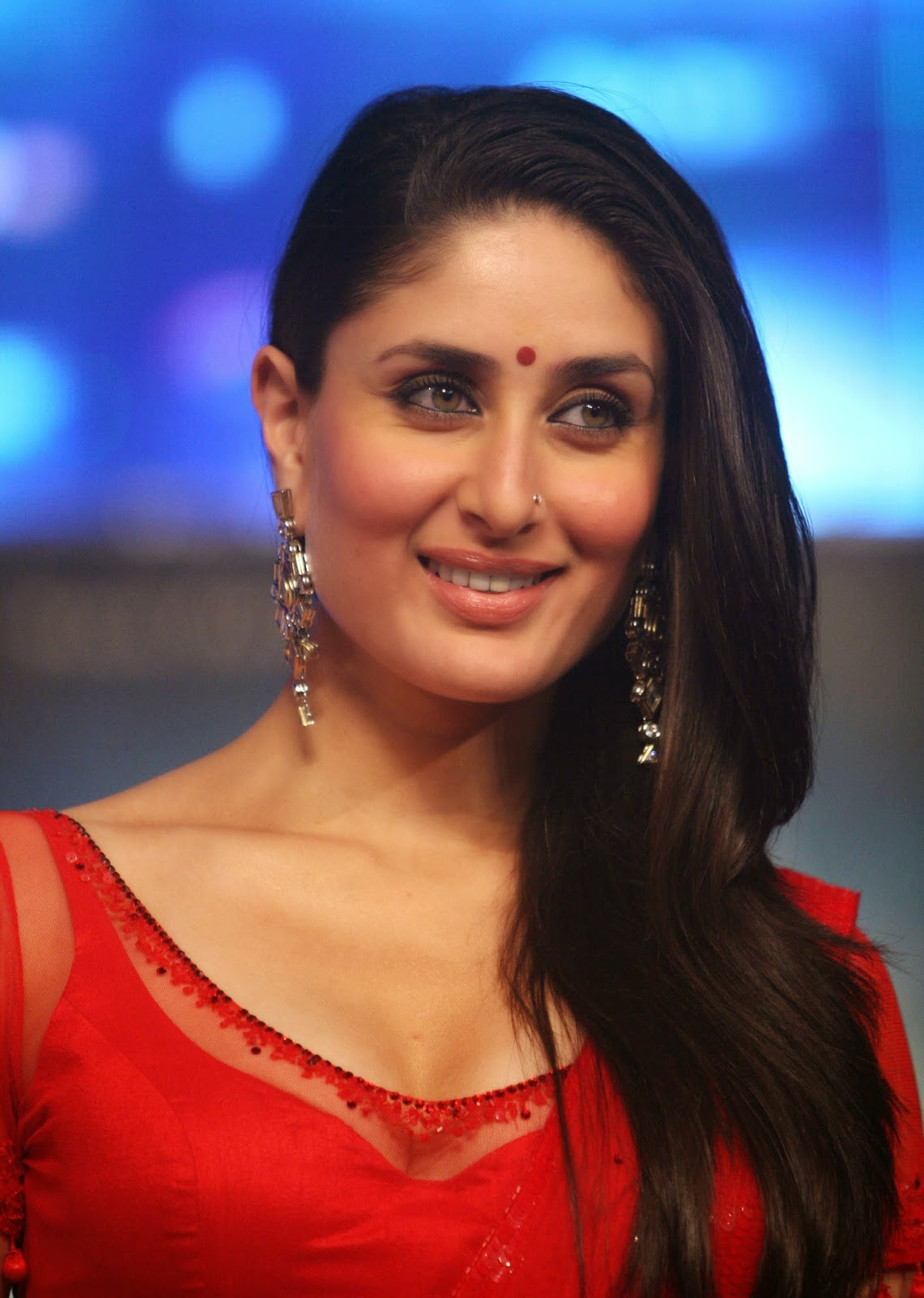 High Quality Bollywood Celebrity Pictures Kareena Kapoor -8646