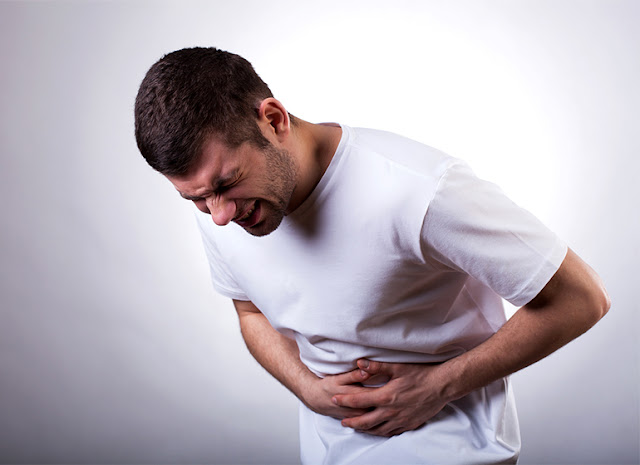 10 penyakit penyebab sakit perut sebelah kiri
