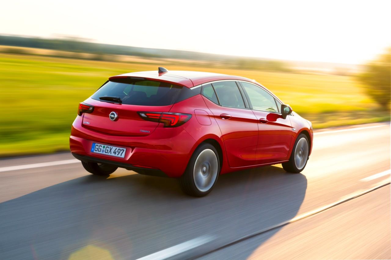 "cq5dam.web.1280.1280%2B%25281%2529 Το Opel Astra προκρίθηκε στους επτά φιναλίστ για το ""Αυτοκίνητο της Χρονιάς 2016"" Audi A4, BMW 7-series, COTY, Jaguar XE, mazda mx-5, Opel Astra, Skoda Superb, Volvo XC90"