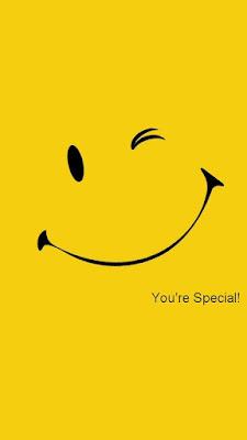 carita feliz amarilla tumblr