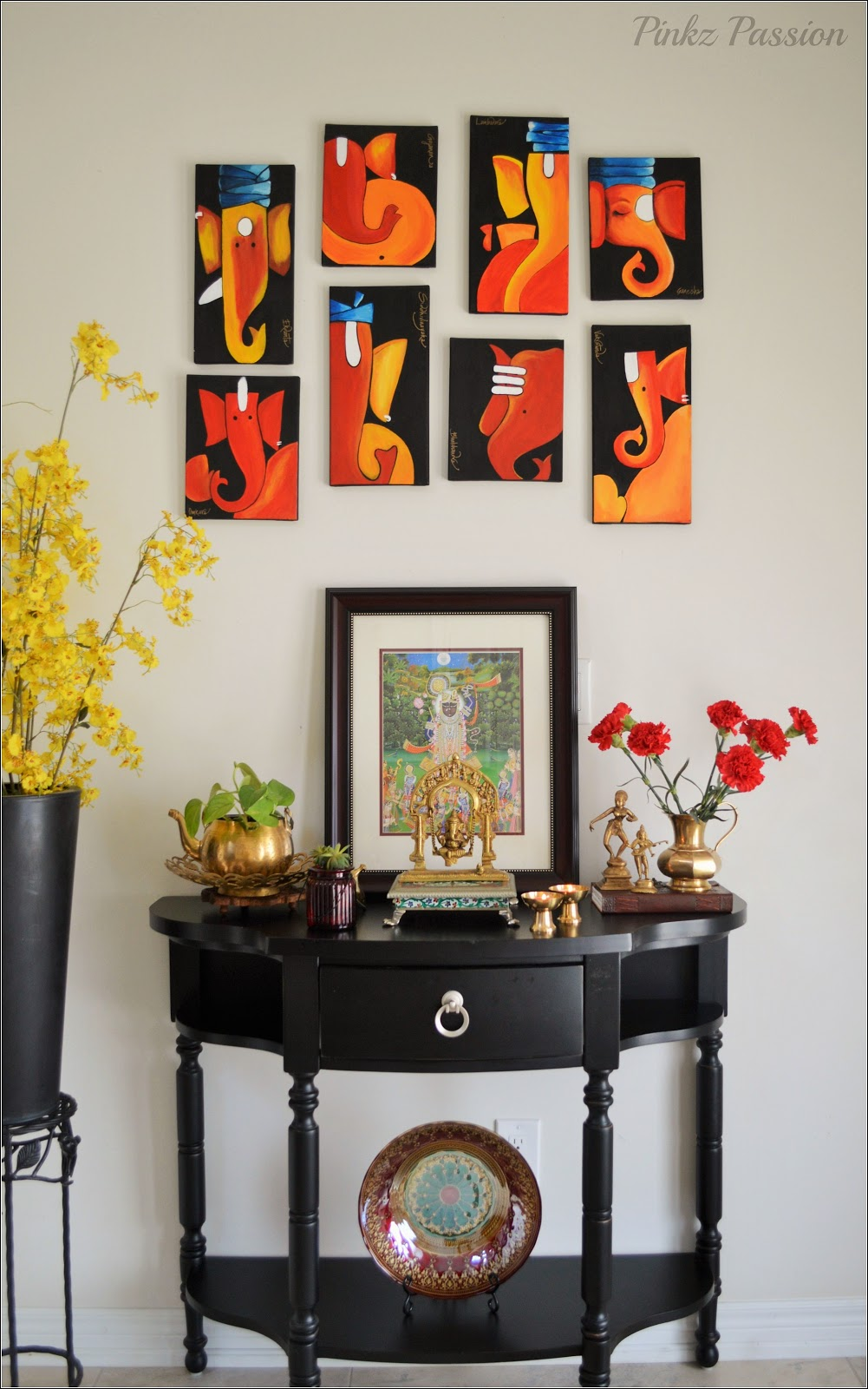 A Place We Decorate With Artwork And Candles Would Also Welcome Flowers Nothing Looks More Visually Stimulating Than Vase Of Fresh