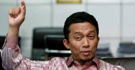 Sindir Tifatul, Netizen: Pemimpin Juga Tidak Boleh Menjadi Penyiar Berita Hoax