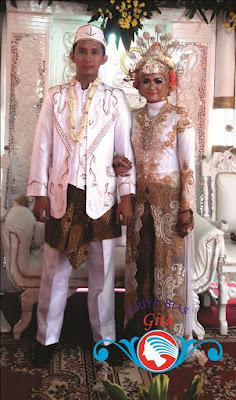 rias pengantin betawi dki jakarta