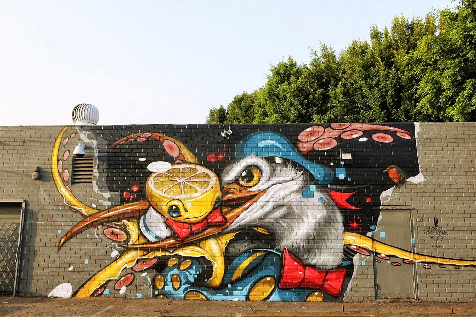 American artist Greg Simkins Craola, recently teamed up with Branded Arts and Graphaids store in LA, and created this large impressive mural in Culver City.