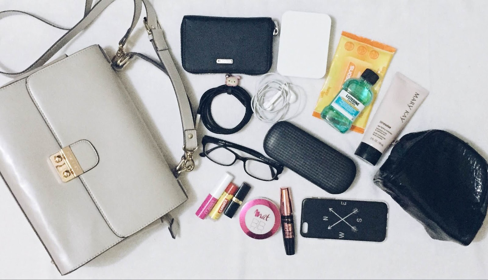 What's in my bag, charles and keith