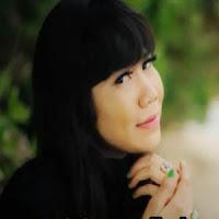 Lirik dan Terjemahan Lagu Rayola - Sangsaro Manangguang Padiah